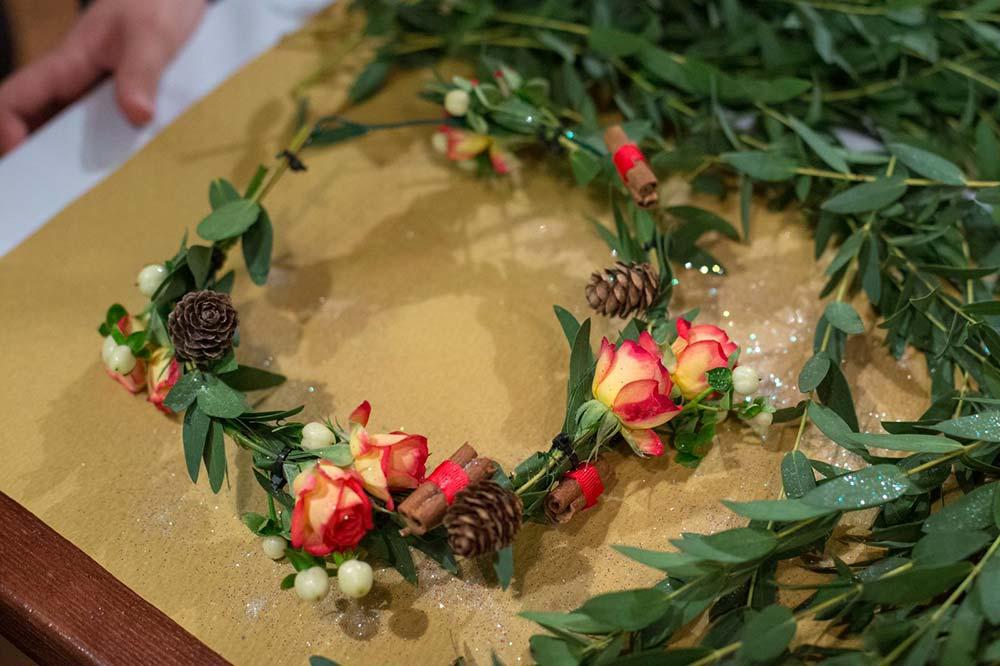 coroncina fiori laboratorio ragazze milano